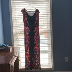 Black and pink flower dress V chest